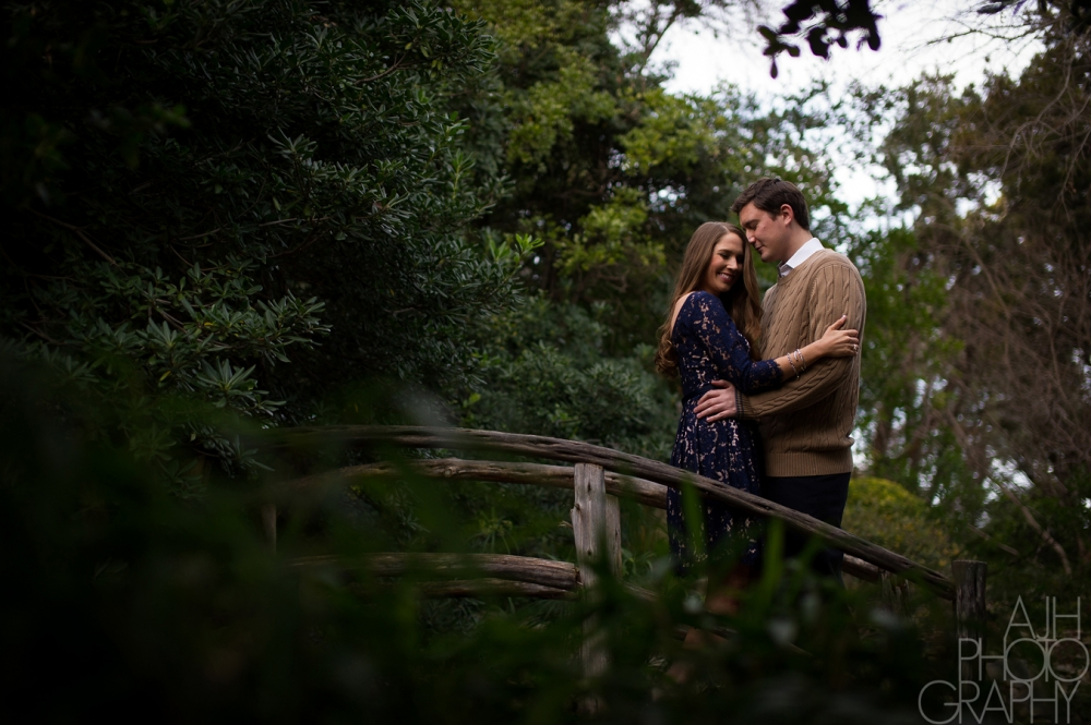 Austin Botanical Gardens Engagement Photos
